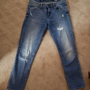 GAP Distressed Cropped Jean's Size 8